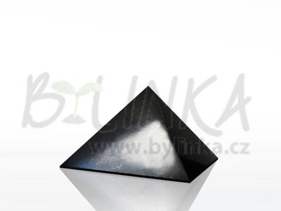 Šungitová pyramida leštěná 4×4 cm